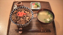 Gyudon(beef-on-rice bowl)